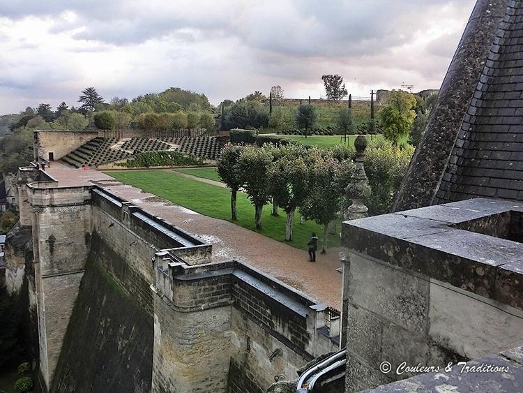 Sur la terrasse du chateau