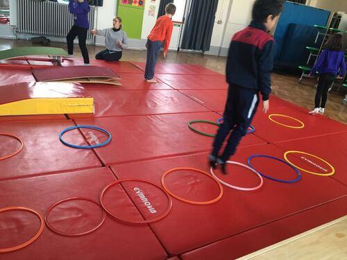 Gymnastique en CE2
