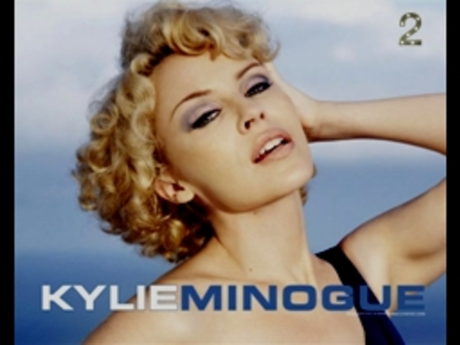 KYLIE  MINOGUE  -  PHOTOS  -  N° 2