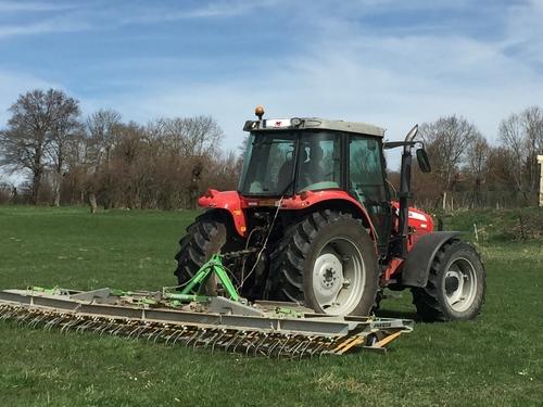 Les travaux des champs recommencent.