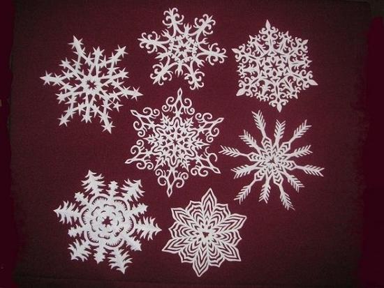 8-snowflakes-600x450