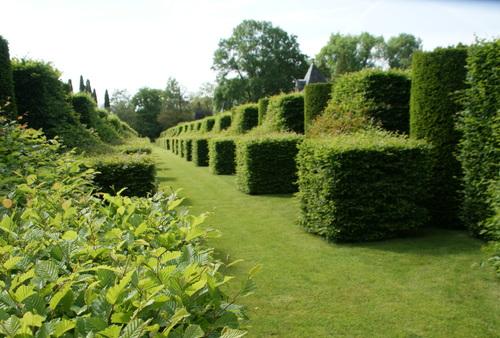 Visite à Sarlat ..Descente de la Dordogne en Gabare à la Roche cageac..Jardin d'Erignac.27.05.2016