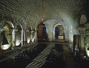 crypte souterraine