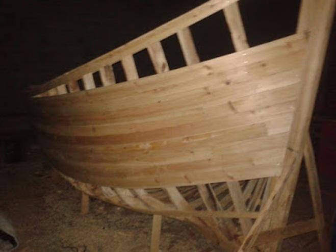 Démantèlement par la Gendarmerie Royale à Dakhla d'un chantier clandestin de fabrication de barques artisanales