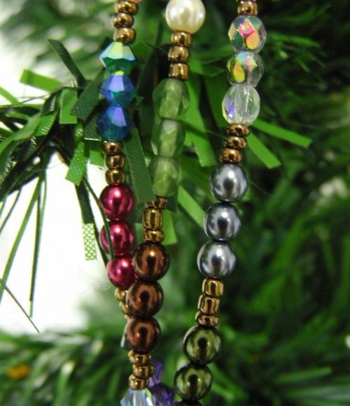 Bijoux de fêtes colorés en perles de culture fantaisie et swaroski...