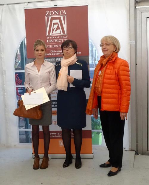 """Le Zonta-Club a offert des """"bourses Performance"""" à deux jeunes filles qui ont eu un parcours d'excellence"""