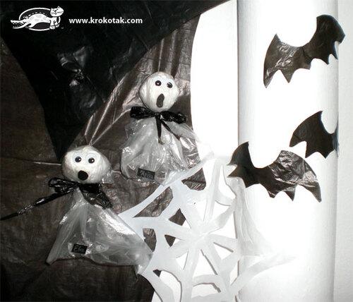 Décorations d'Halloween avec des sacs