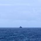 Sur l'horizon, l'îlet du Galion - Photo : Yvon