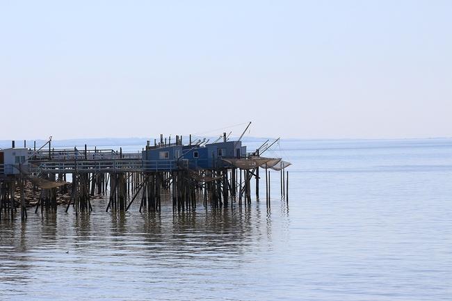 Des carrelets sur l'estuaire de la Gironde