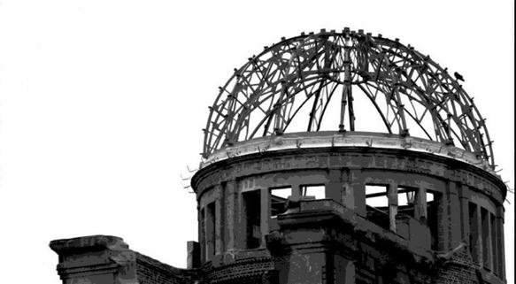 l'oreille d'un sourd... Thrène à la mémoire des victimes d'Hiroshima