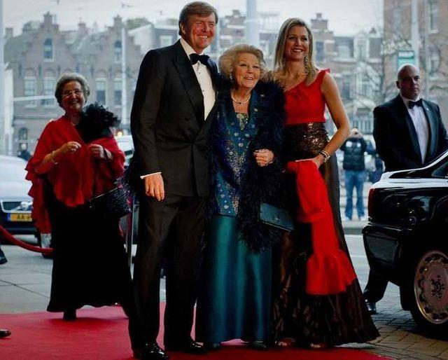Beatrix, Maxima et Willem Alexander
