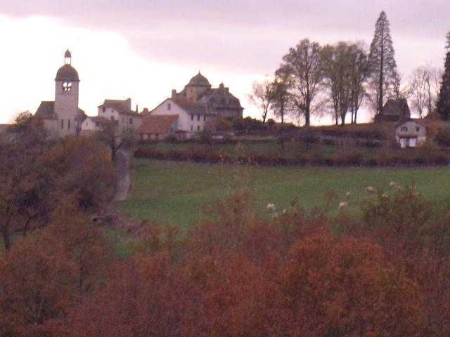 Mourjou-village.JPG