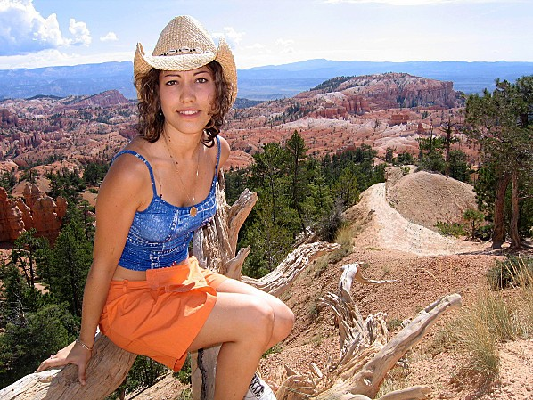 Bryce Canyon 8 Charline