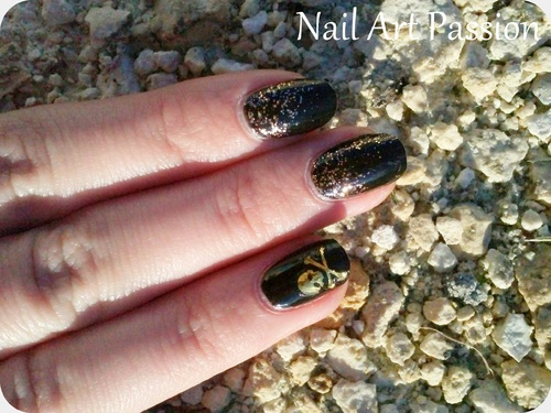 Nail Art stickers tête de mort !