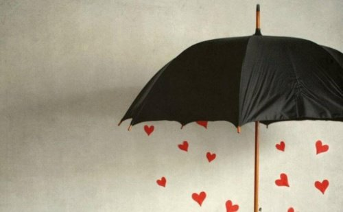 Parapluies-coeurs-500x309