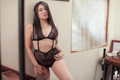 WEB Gravure : ( [SG] - |Aug 10, 2018| Allis : In your favorite lace )