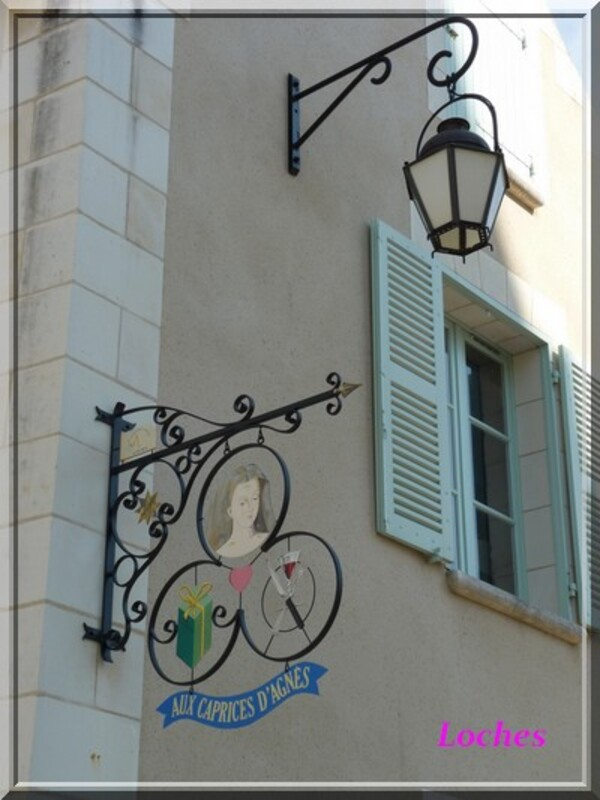 Petite balade à Loches (Touraine) Ville d'Art et D'histoire.