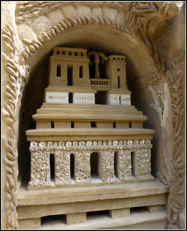 A la découverte du Palais du Facteur Cheval : N°2
