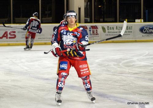 Maxim Belov reste à Nice ...