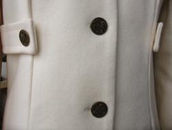 Manteau blanc ou presque!