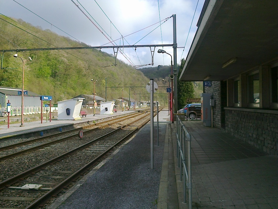 La gare est triste