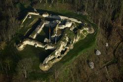 LES REMPARTS D'IVRY-LA-BATAILLE (Eure)