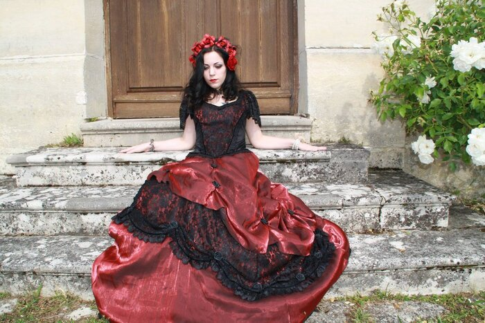 Lady Anna J;, modèle goth