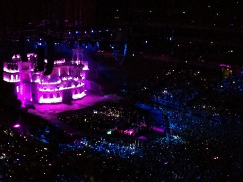 75.000 LITTLE MONSTERS POUR LE 50ÉME CONCERT DU STADE DE FRANCE !