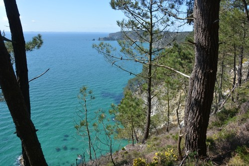 Finistère - Pointe de Morgat à Pointe de Saint Hernot