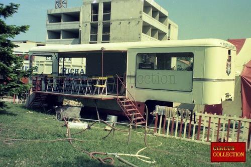 le nouveau cirque de Jean Richard en 1976 -3ième partie ( archives Philippe Ros)