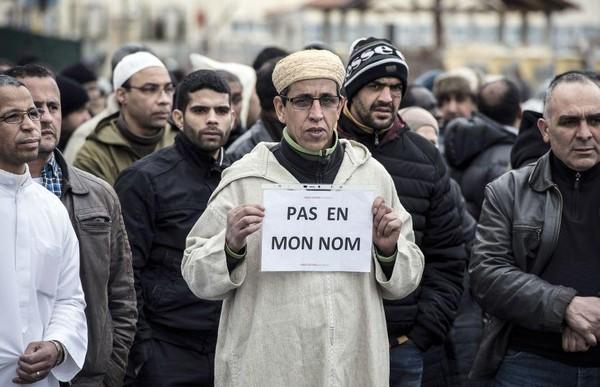 """""""Terrorisme et anciens d'Algérie"""" un article de Jacques CROS"""