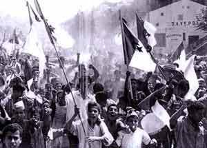 http://media.paperblog.fr/i/178/1788774/massacres-setif-guelma-kheratta-debut-guerre--L-1.jpeg