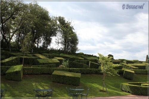 Les Jardins Suspendus de Marqueyssac Dordogne le Chaos de buis