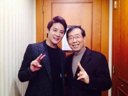 """Le maire de Séoul fait part des mesures prises concernant la polémique de Junsu (JYJ) et des """"Seoul Music Awards"""""""
