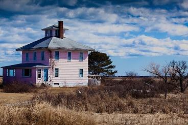 La maison rose de Plum Island ...