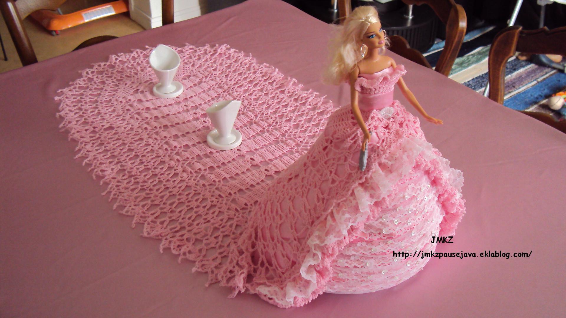 Robe De Mariee Princesse Avec Longue Couleur Rose Traine Ref M2