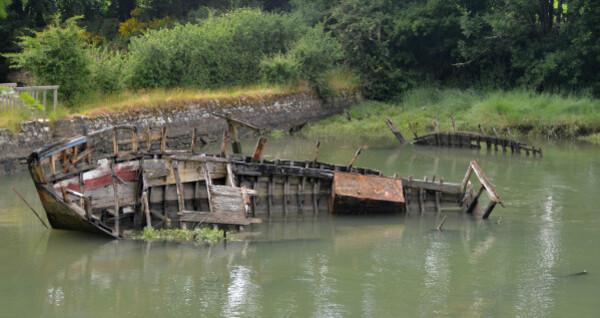 60 Cimetière de bateaux le bono