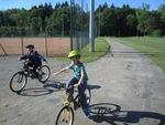 Séance de vélo (tendre le bras)