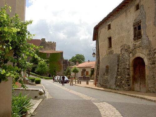 Saint Saturnin (Puy- de- dôme)