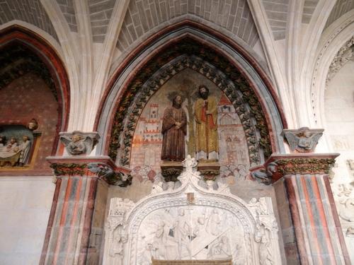 Le trésor et le cloître de la cathédrale de Burgos en Espagne (photos)