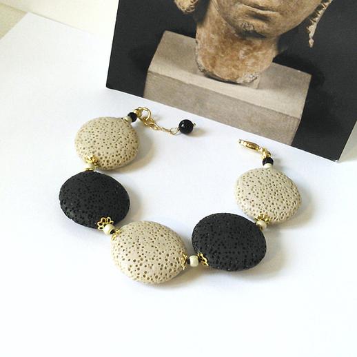 Bracelet Pierre de Lave beige et noire, lentilles 25mm / métal doré et plaqué or