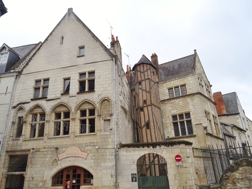 Tours: autour de la Place plumereau (photos)