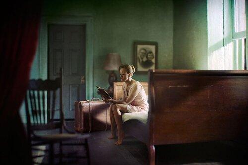 3- Femmes lisant-photographies couleur