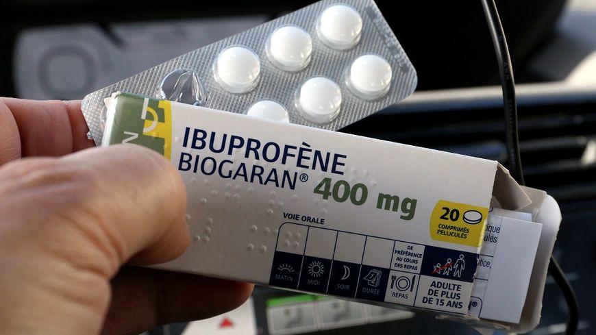 L'Agence du médicament conseille de consommer l'ibuprofène avec précaution.