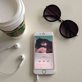 Image de music, starbucks, and iphone