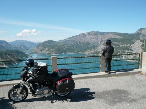 L'été indien sur le lac de Serre-Ponçon: ça pourrait être pire...