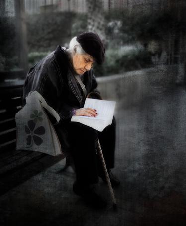 13 - Les vieilles dames et la lecture - En couleurs