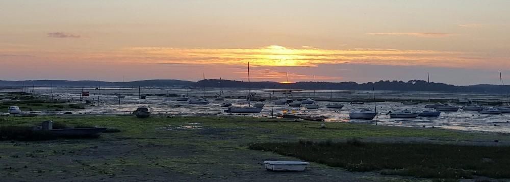 Coucher de soleil du 17 octobre 2018 sur le Bassin d'Arcachon à marée basse...