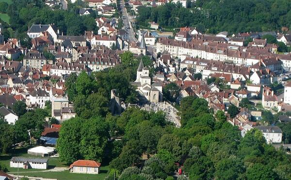 Eglises et abbayes de Côte d'Or vues du ciel