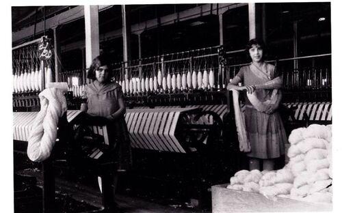 Les filles du textile